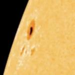 Do Ziemi może dotrzeć potężny rozbłysk słoneczny