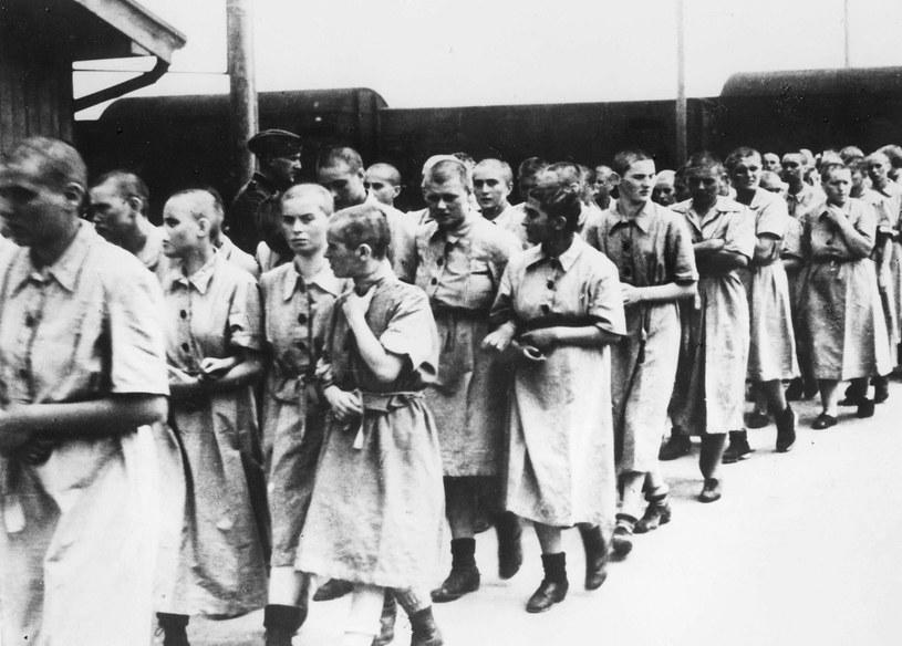"""""""Do zup dodawano jakieś proszki firmy Bayer, które powodowały zanik menstruacji u kobiet""""... /AFP"""
