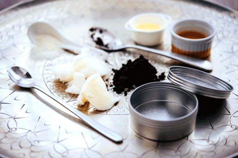 Dobre kosmetyki przygotujesz z tanich składników /123RF/PICSEL