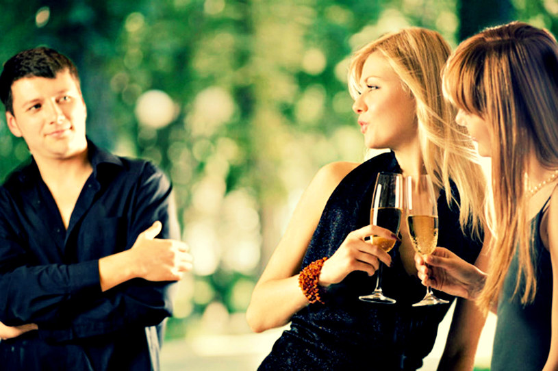 randki z najlepszym przyjacielem swojej dziewczyny piątek reklama Northampton randki