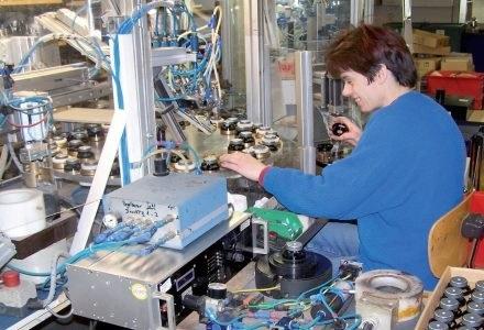 Dobrej klasy głośniki są częściowo składane ręcznie. Na zdjęciu manufaktura Lehmann & Partner. /PC Format