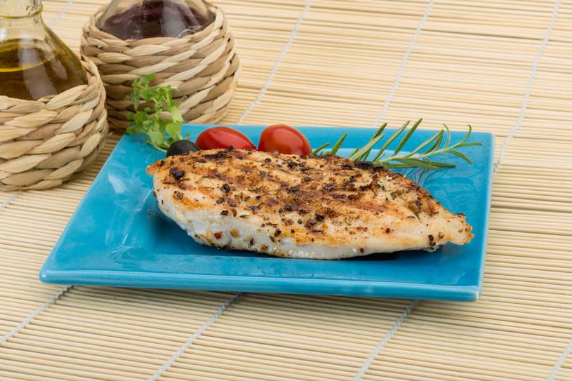 Dobry gatunek mięsa powinien być nie tylko smaczny, ale i zdrowy /123RF/PICSEL
