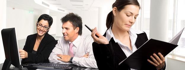 Dobrze jest dowiedzieć czegoś o życiu szefa poza pracą... /© Panthermedia