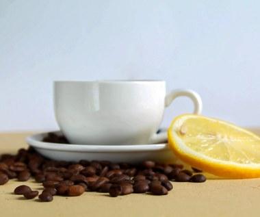 Dodaj cytrynę do porannej kawy i wygraj z migreną