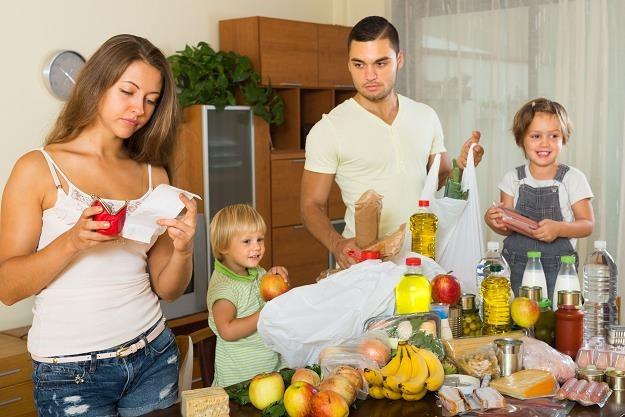 Dodatkowa kwota 500 zł to łakomy kąsek dla rodziny /©123RF/PICSEL