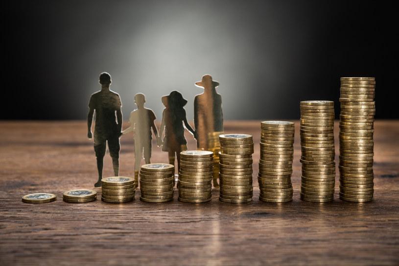 Dofinansowanie ze środków ZFŚS wypoczynku pracownika i członków jego rodziny, w tym dzieci do lat 18, nie podlega oskładkowaniu /123RF/PICSEL