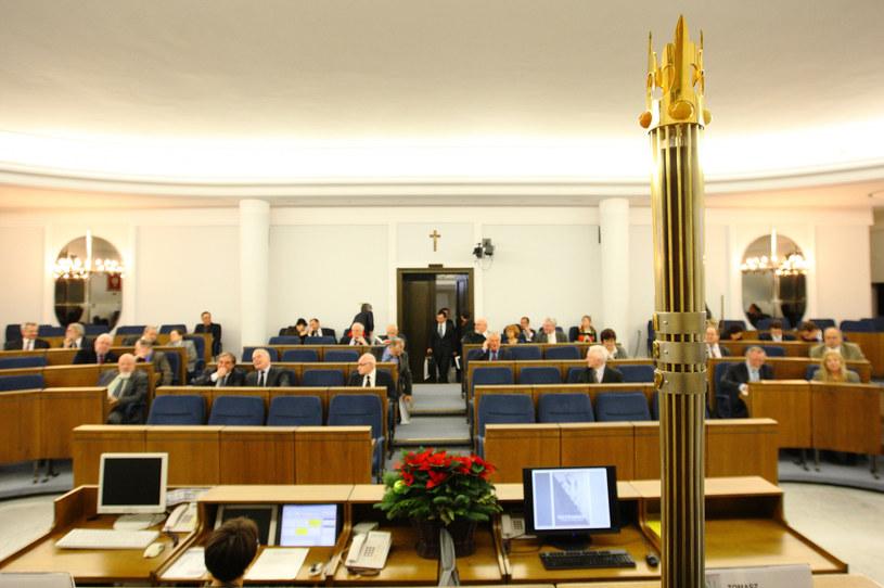 Dojdzie do publicznego wysłuchania w Senacie? Zdj. ilustracyjne /Stanisław Kowalczuk / East News /East News
