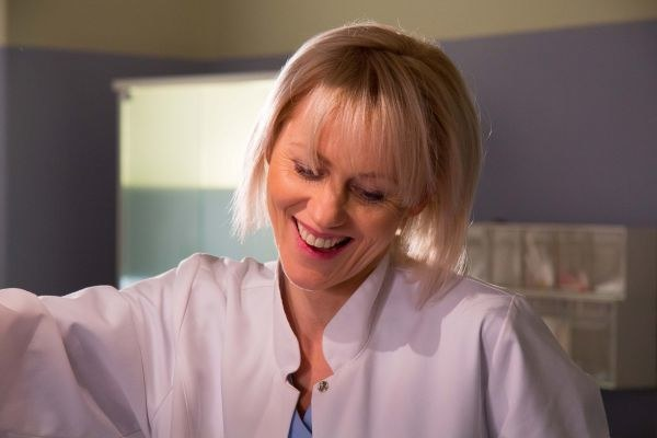 Doktor Anna Reiter (Lea Oleksiak) /www.nasygnale.tvp.pl/