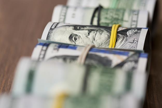 Dolar już wkrótce może podrożeć do 4 zł? /©123RF/PICSEL