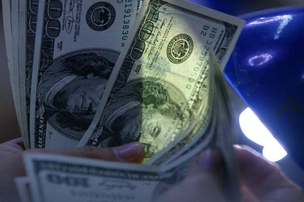 Dolar kontra juan. Z kim trzymałby Kim, gdyby żył?