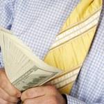 Dolar ucieka spod gilotyny