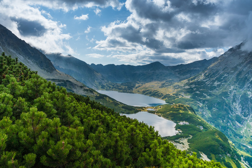 Dolina Pięciu Stawów Polskich to jedno z najpiękniejszych miejsc w Tatrach /123RF/PICSEL
