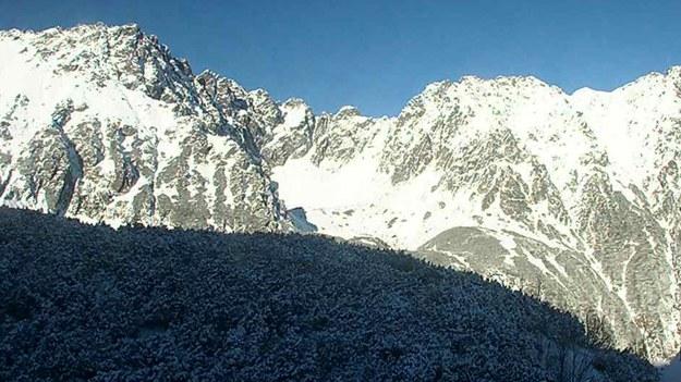 Dolina Pięciu Stawów, widok z kamer TOPR we wtorkowy poranek /RMF FM