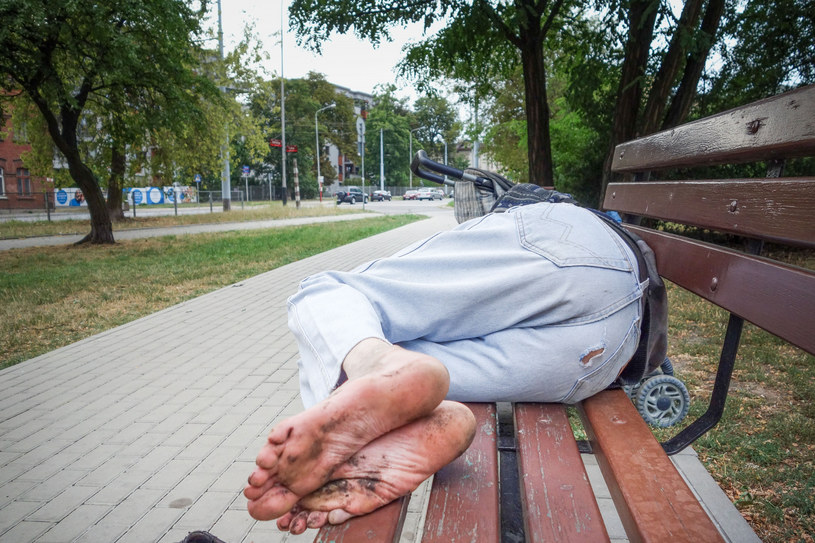 Dom mogą stracić nawet najbogatsi /Piotr Kamionka /Reporter