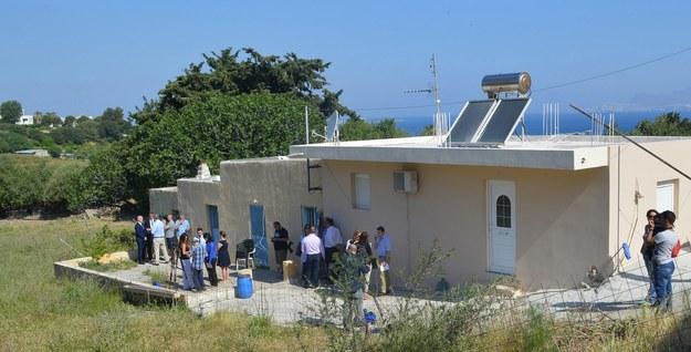 Dom na wyspie Kos, z którego został uprowadzony mały Brytyjczyk /YANNIS KIARIS  /PAP/EPA
