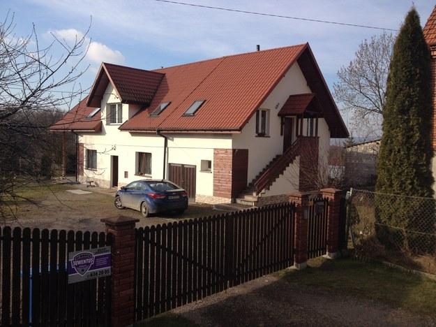 Dom rodzinny ks. Wojciecha Gila w podkrakowskiej Modlnicy /Maciej Grzyb /RMF FM