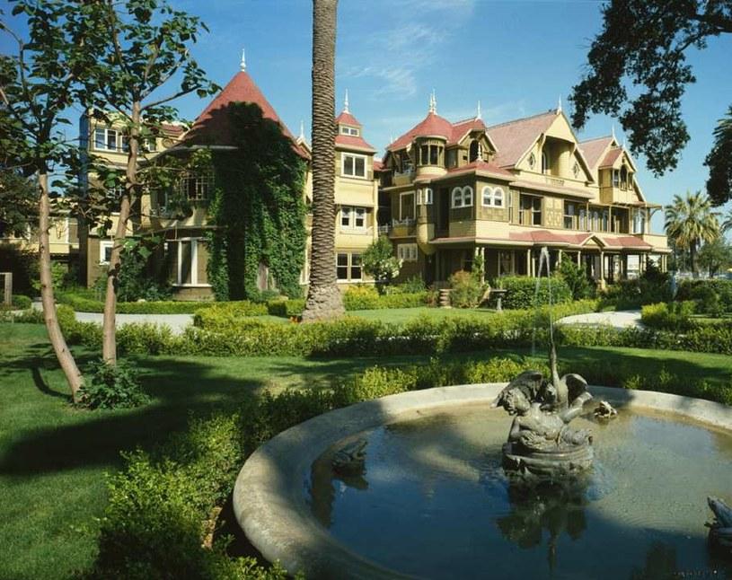 Dom Sarah Winchester w Kaliforni. Jeden z najbardziej przerażających domów na świecie /materiały prasowe