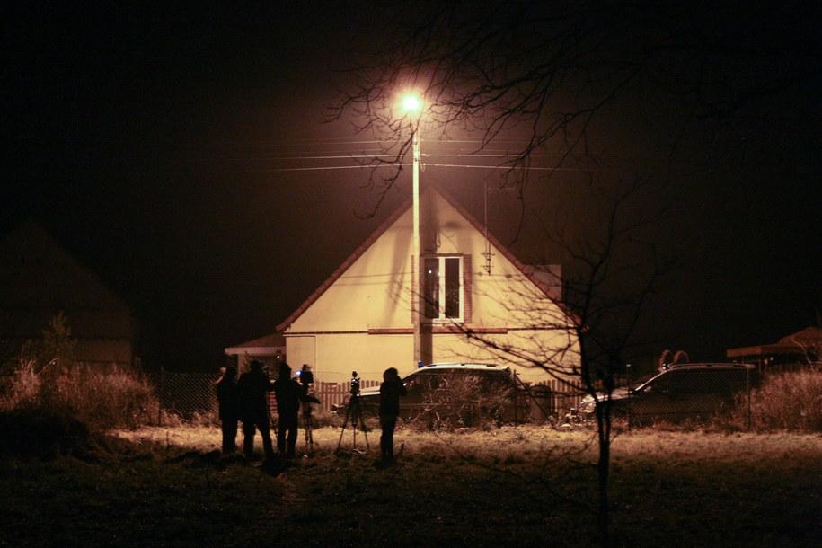 Dom we wsi Trzebule, którego mieszkaniec grozi wysadzeniem budynku w powietrze /Lech Muszyński /PAP