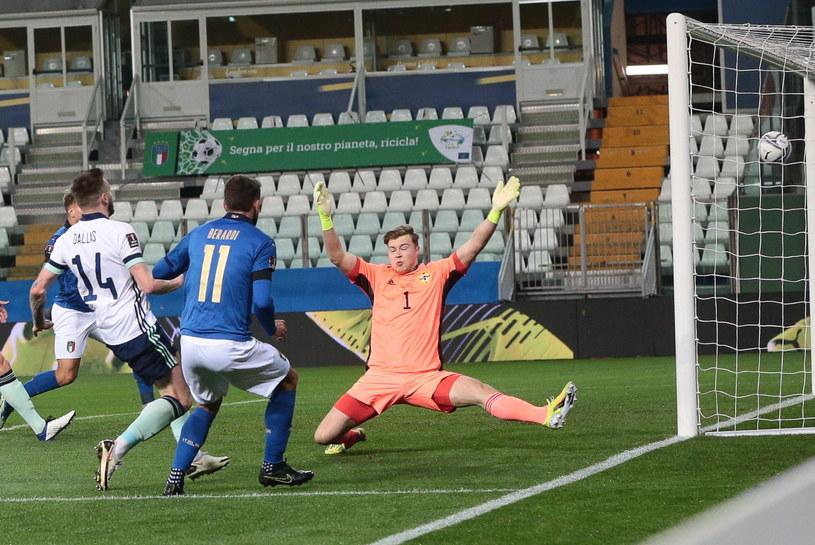 Domenico Berardi (nr 11) zdobywa pierwszą bramkę dla reprezentacji Włoch /PAP