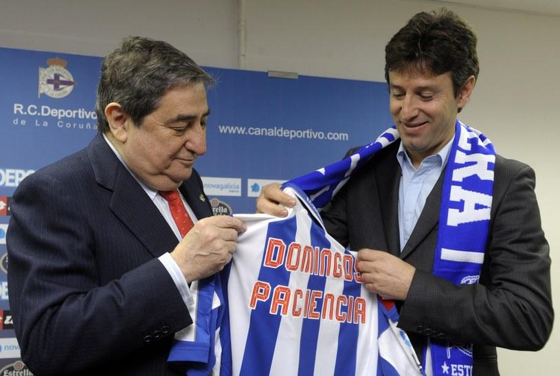 Domingos Paciencia (z prawej) został trenerem ostatniego zespołu hiszpańskiej ekstraklasy Deportivo La Coruna /AFP
