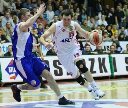 Dominik Tomczyl ( z prawej) / fot. Sebastian Borowski /Agencja Przegląd Sportowy