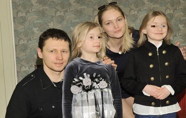 Dominika i Michał z córkami /- /MWMedia