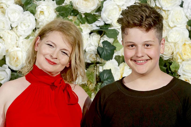 Dominika Ostałowska z synem Hubertem Zduniakiem /AKPA