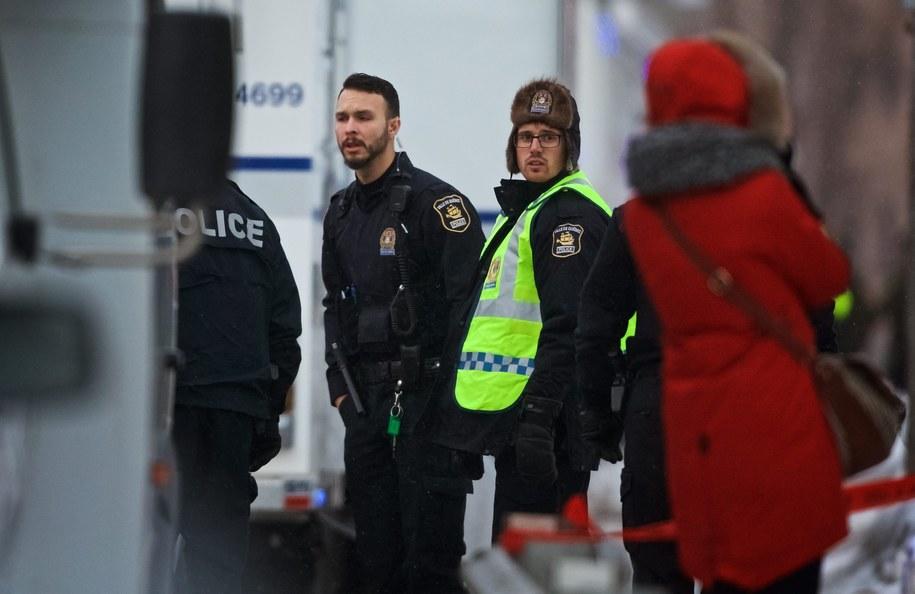 Domniemany zamachowiec z Quebecu oskarżony o sześciokrotne zabójstwo /ANDRE PICHETTE /PAP/EPA