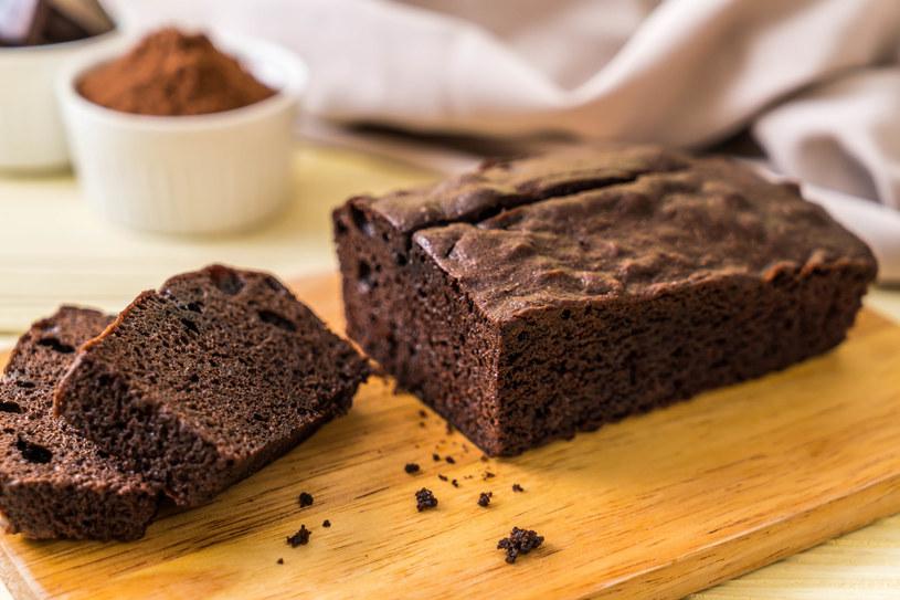 Domowe ciasto czekoladowe, które zawsze się udaje /123RF/PICSEL