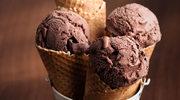 Domowe lody czekoladowe w rożkach