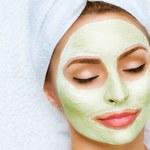 Domowe maseczki: Doskonale nawilżają i regenerują skórę