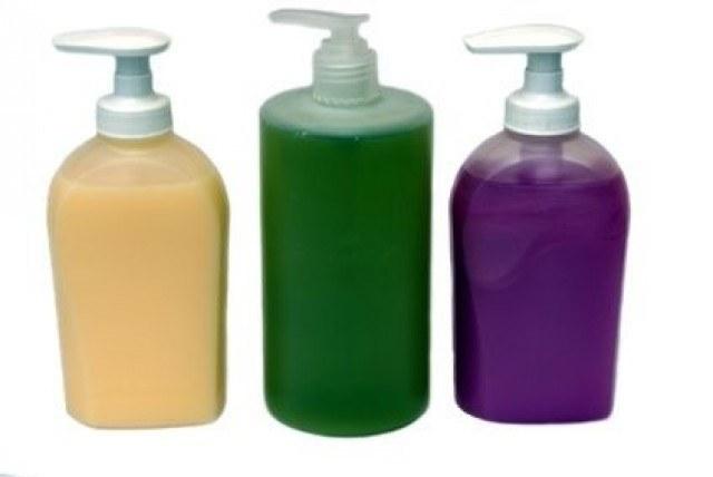 Domowe mydło w płynie /© Photogenica