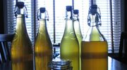 Domowe nalewki: Jabłkowo-cytrynowa z cynamonem