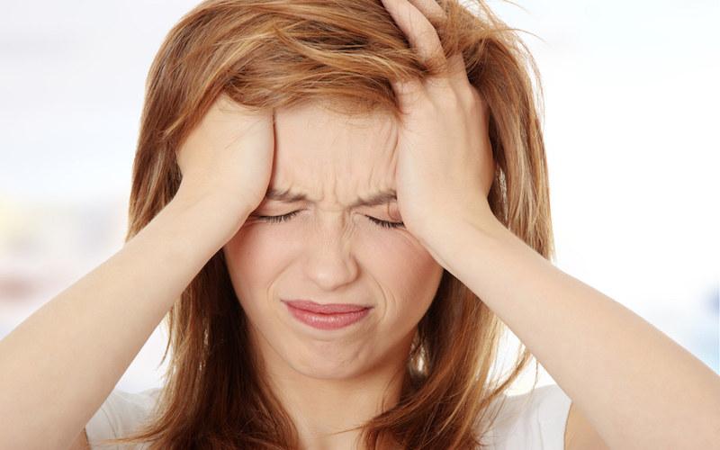 Domowe sposoby na ból głowy /© Photogenica