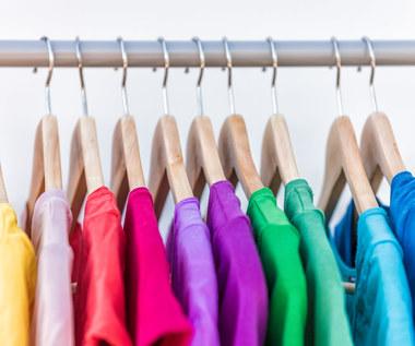 Domowe sposoby na elektryzujące się ubrania