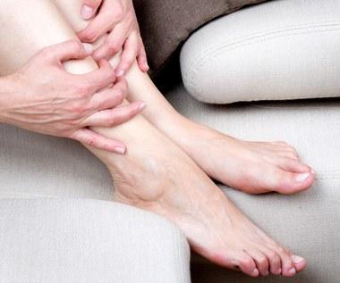 Domowe sposoby na ociężałe nogi