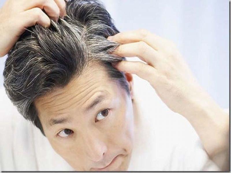 Domowe sposoby na siwe włosy /© Photogenica