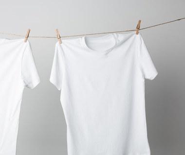 Domowe wybielanie ubrań