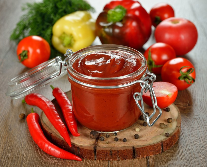Domowy ketchup /123RF/PICSEL