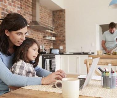 Domowy laptop: Jak go wybrać, by służył i mamie, i uczniowi