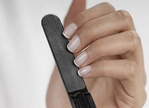 Domowy manicure
