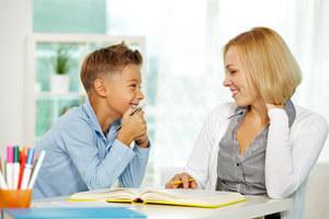 Domowy nauczyciel – praca dla zwolnionych ze szkół