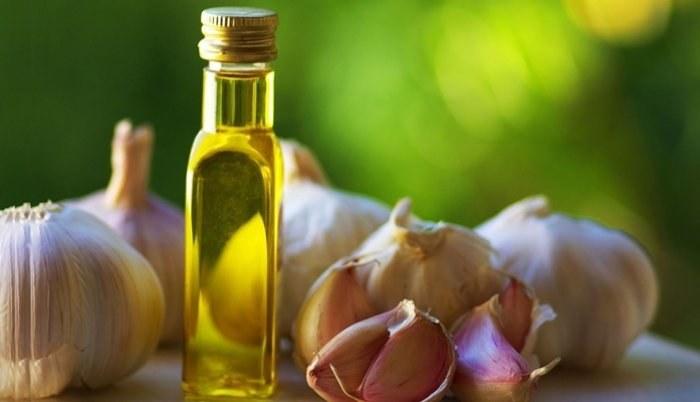 Domowy olejek na uszy /© Photogenica