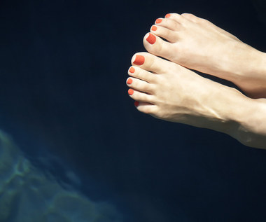 Domowy sposób na gładkie i zadbane stopy