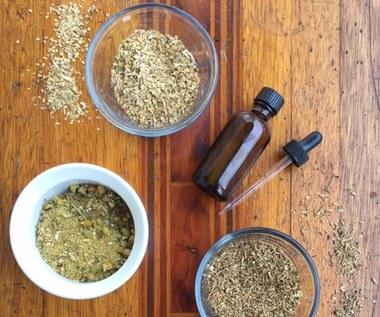 Domowy sposób przygotowania szwedzkich ziół