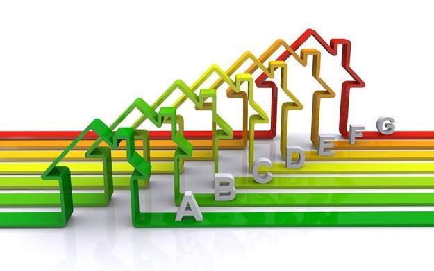 Domy pasywne - oszczędność czy strata pieniędzy? /©123RF/PICSEL