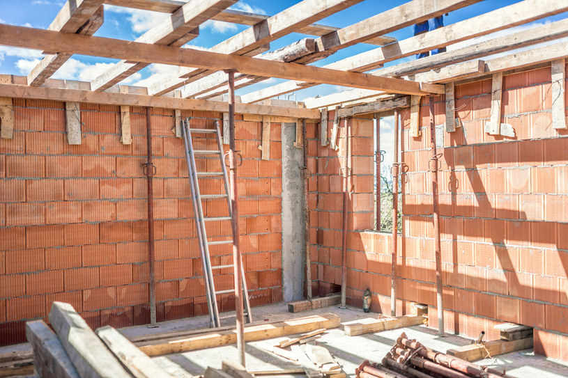 Domy przegoniły mieszkania, działki przegoniły domy /123RF/PICSEL