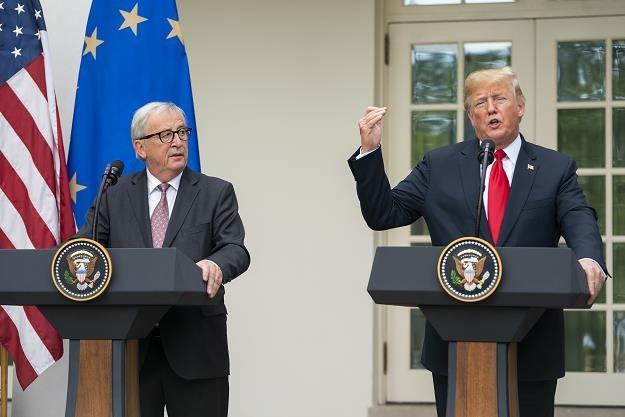 Donald J. Trump (P) i Jean-Claude Juncker (L) /EPA