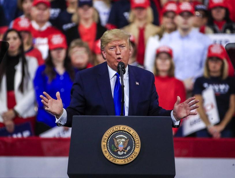 Donald Trump na wiecu wyborczym w Milwaukee /TANNEN MAURY  /PAP/EPA