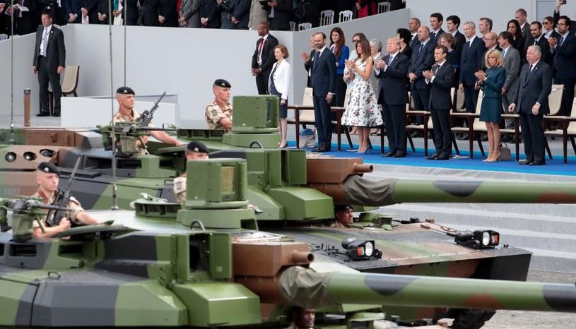 Donald Trump podczas parady wojskowej we Francji /AFP